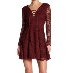 NWT Lovers & Friends Long Sleeve Lace Dress